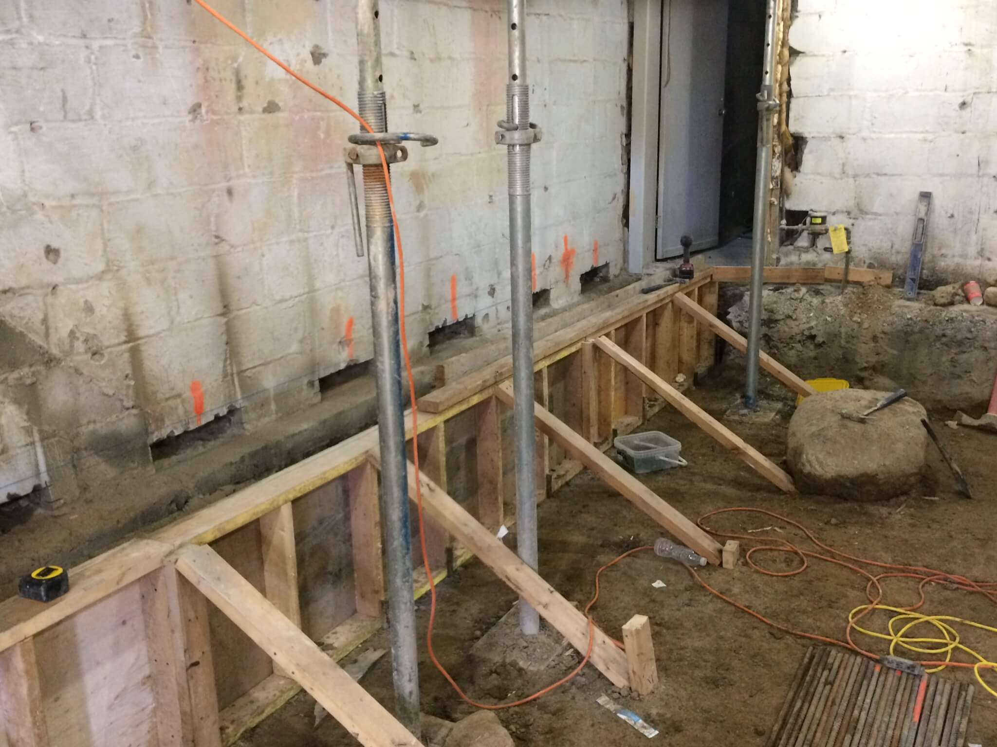 Basement-Lowering-Contractor-Toronto-Earlscourt-Ave-2