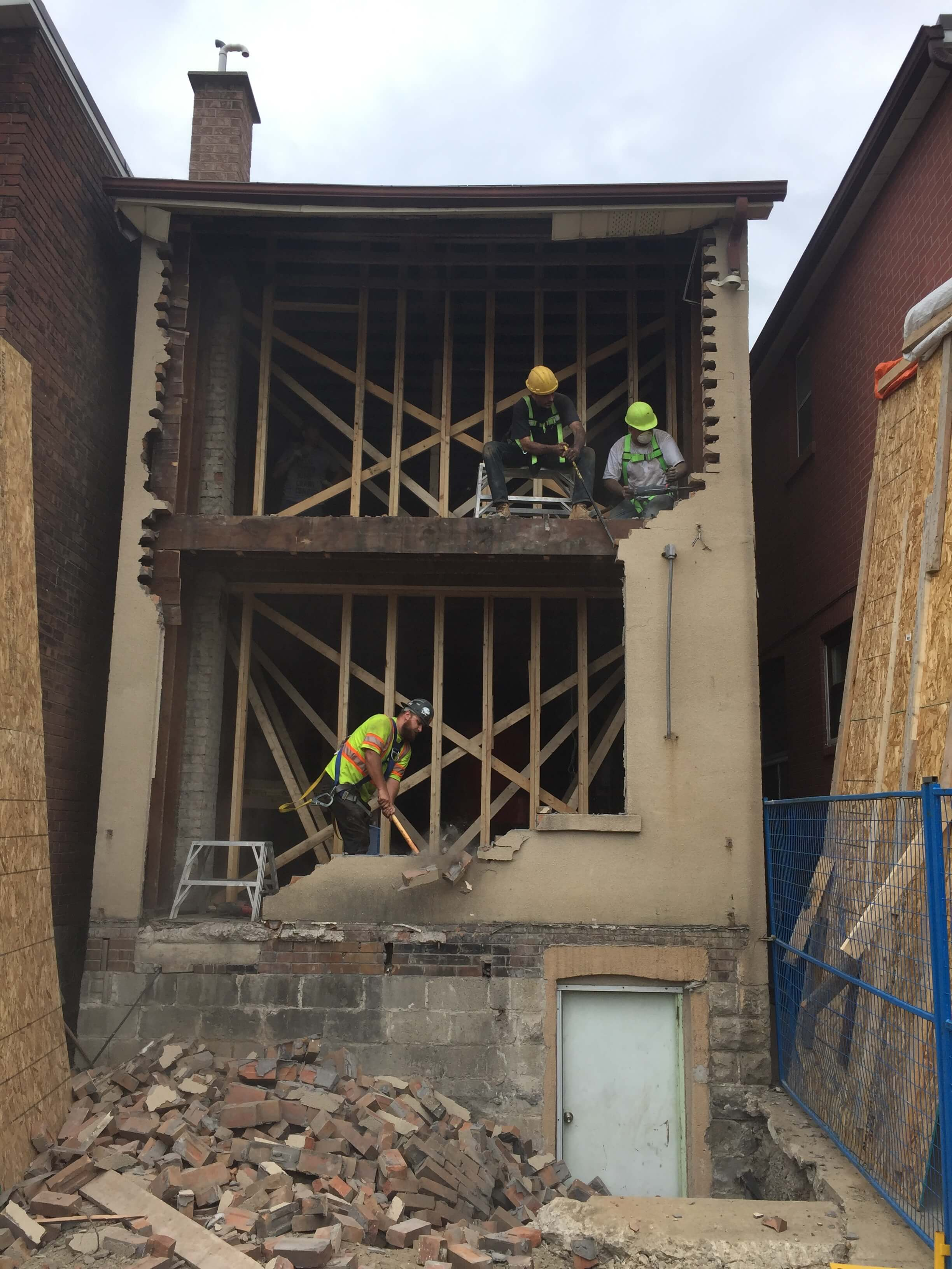 Basement-Lowering-Contractor-Toronto-Earlscourt-Ave-7