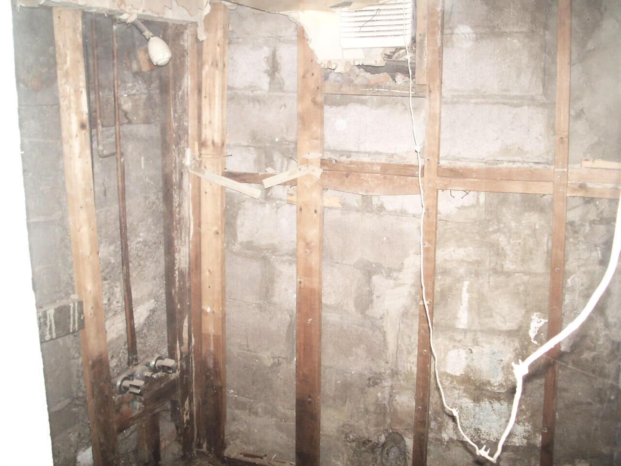 Basement-Underpinning-Contractor-Toronto-Claremont-St-13