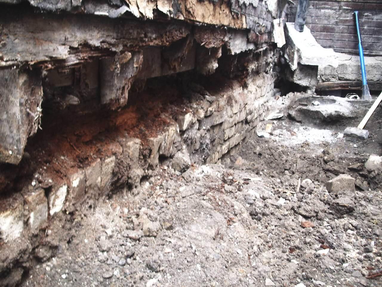 Basement-Underpinning-Contractor-Toronto-Claremont-St-6